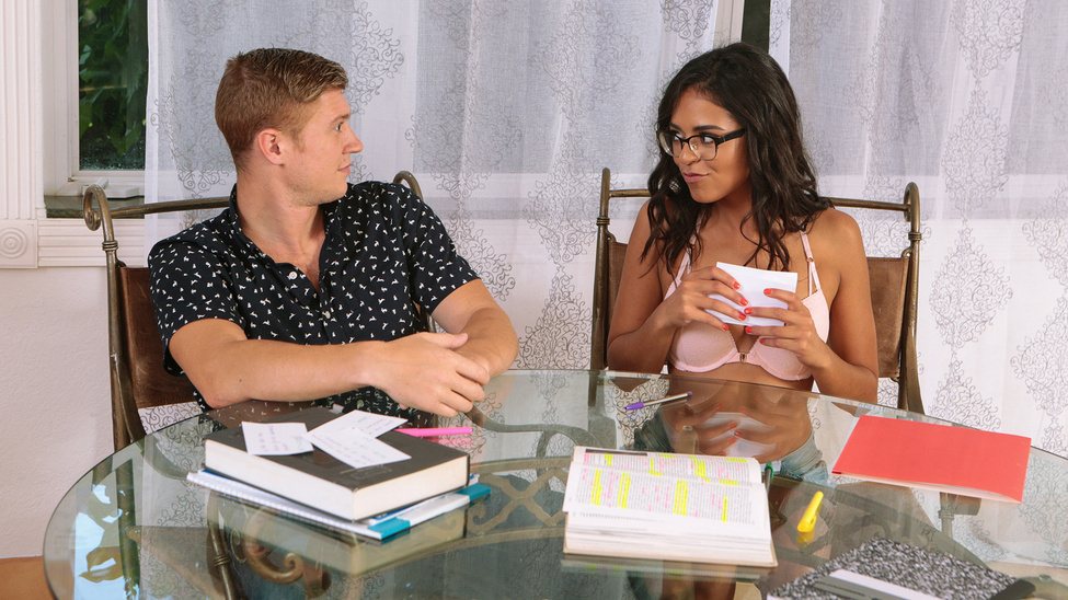 [BrazzersExxtra] Vienna Black – Slutty Study Time