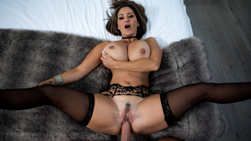 [PornstarsLikeItBig] Ava Addams – Rent-A-Pornstar: The Lonely Bachelor