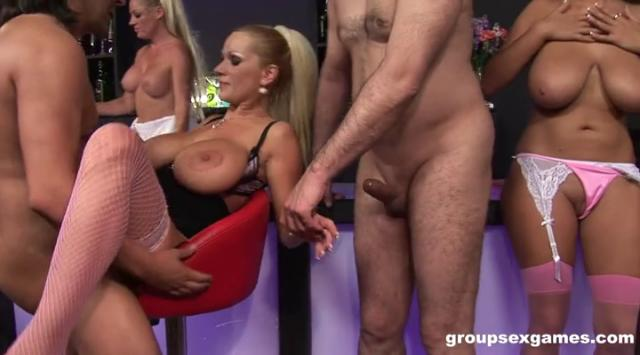 [GroupSexGames] Wendy Star – Cindy Behr And Sharon Pink