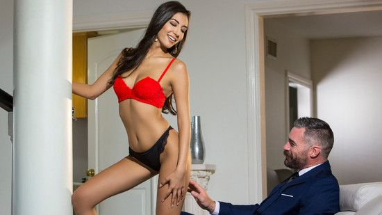 [Babes] Gianna Dior – Branching Out
