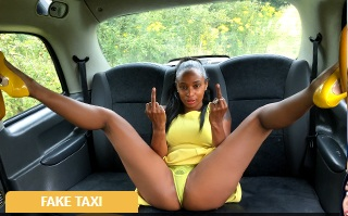 [FakeTaxi] Lola Marie – Ebony beauty empties cabbies balls