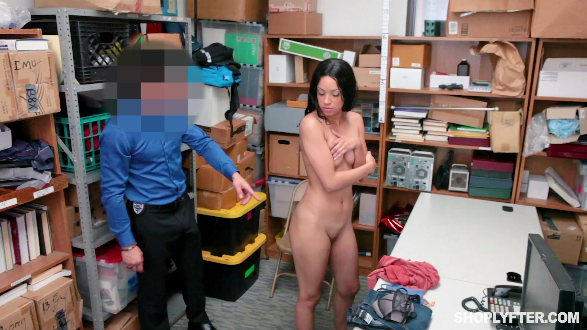 Shoplyfter – Amethyst Banks