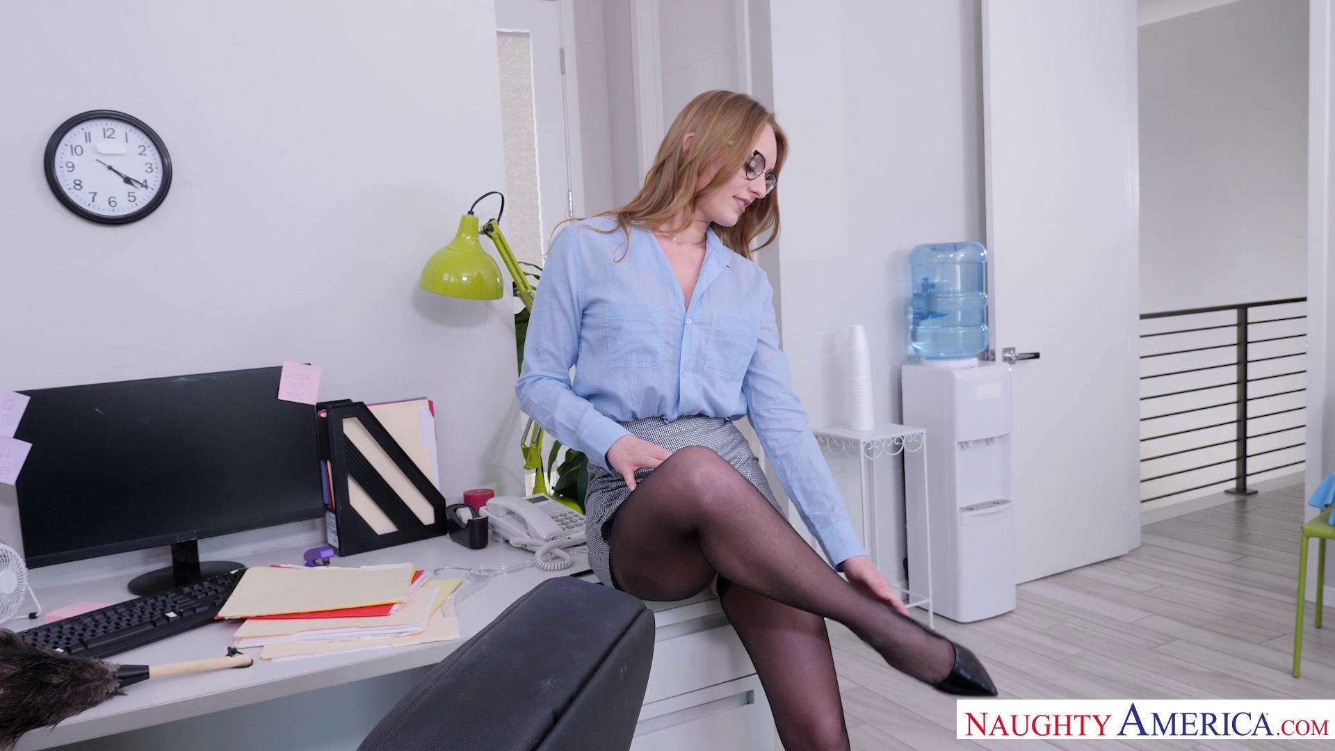 NaughtyOffice – Daisy Stone