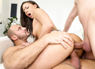 [DogHouseDigital] Cassie Del Isla – Two At A Time