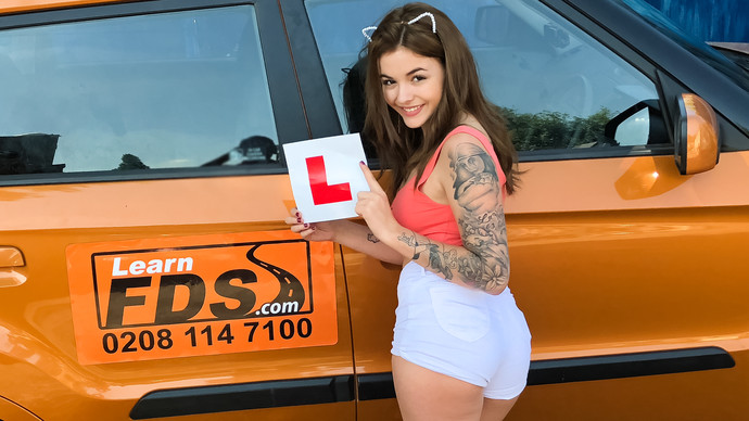 [FakeDrivingSchool] Lara Duro – Spanish kitty cat rides cock